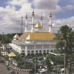kemegahan masjid tasikmalaya