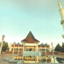 masjid an nuur pare depan