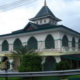 masjid batumerah