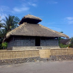 masjid kuno desa bayan