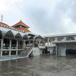 masjid sunan giri